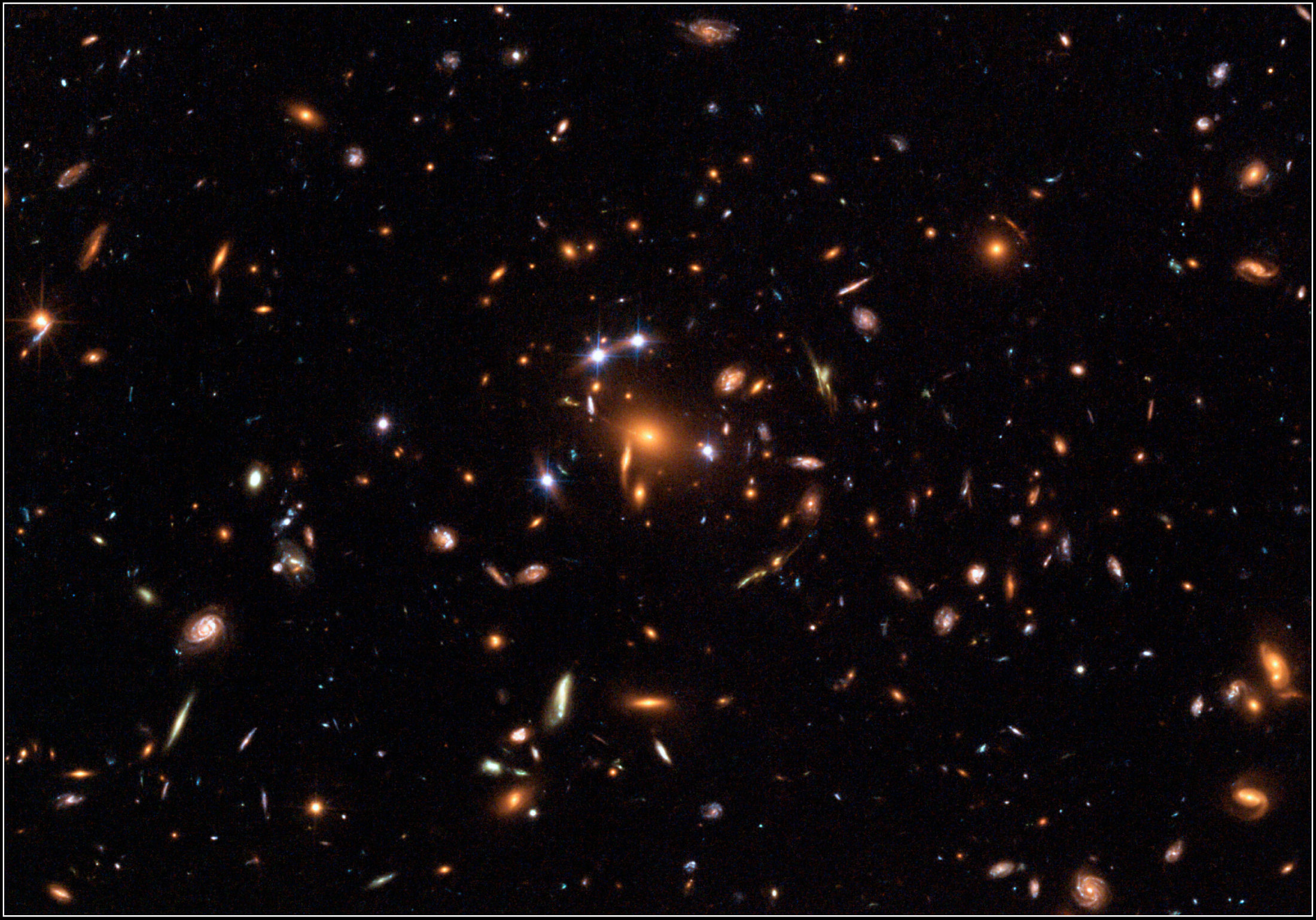 This HST image of the cluster SDSS J1004+4112